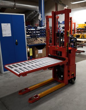 Samples Custom-built products, Customized stacker with reel platform